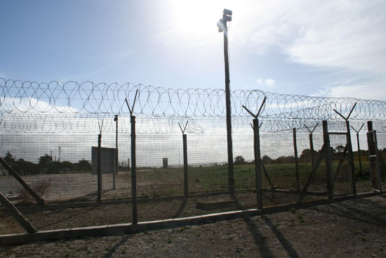 south-africa-robben-island-prison fences