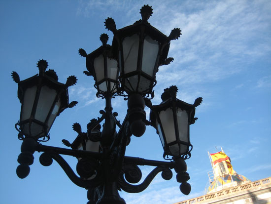 spain barcelona bcn street light