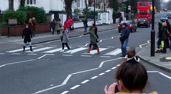 abbey road crosswalk london