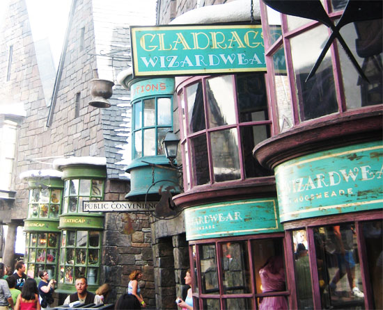 harry potter world orlando Hogsmeade shops