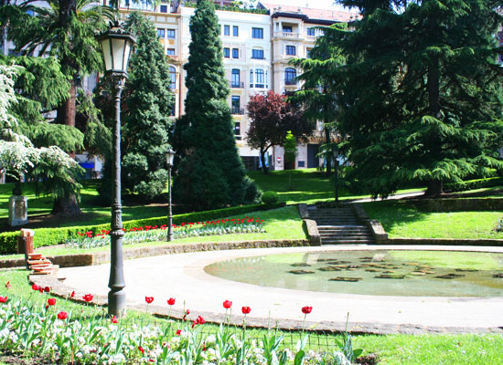 oviedo spain san francisco park