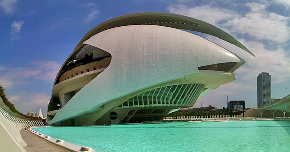 Valencia's Futuristic Queen Sofia Palace of the Arts